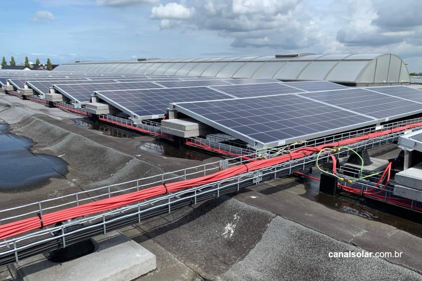Dimensionamento de cabos e proteções em sistemas fotovoltaicos