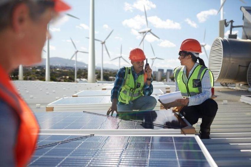 Geração distribuída fotovoltaica cresce 230% ao ano no Brasil