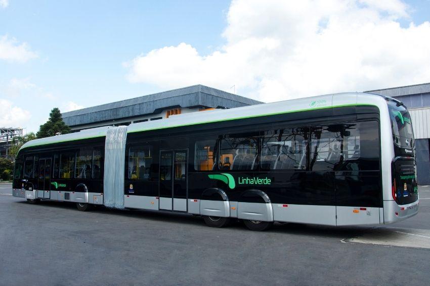 Primeiro ônibus articulado 100% elétrico é construído no Brasil