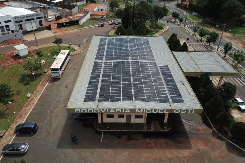 Brotas investe em solar para diminuir gastos com iluminação pública