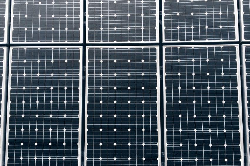 Genyx completa 10 anos no mercado solar fotovoltaico