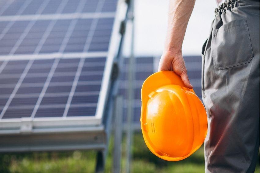 Alteração de regras pode afetar empregos do setor de energia solar