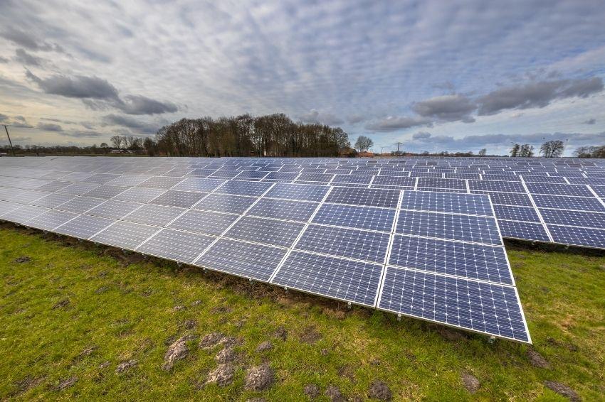 ABSOLAR projeta investimento de R$ 22,6 bilhões no setor solar em 2021