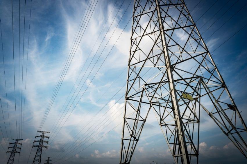 Transição energética pode custar US$ 14 trilhões à rede elétrica mundial