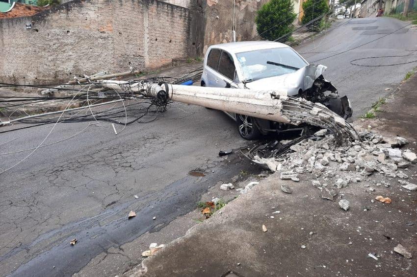 Cemig registra mais de 3,6 mil colisões de veículos em postes em 2020