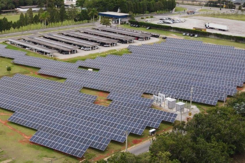 EDP entrega usina solar para a NGK em Mogi das Cruzes