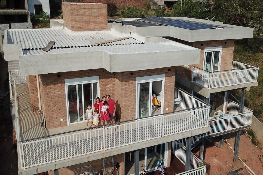 Empresário aposta em solar e paga apenas tarifa mínima de energia