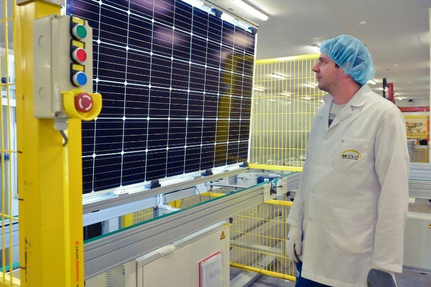 AE Solar abrirá fábrica de painéis solares na Turquia