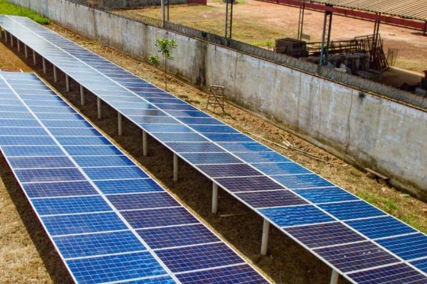 Investimentos levam energia solar para áreas remotas do Brasil