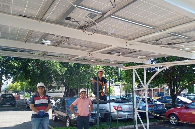 ARaymond doa equipamentos para cursos do setor solar