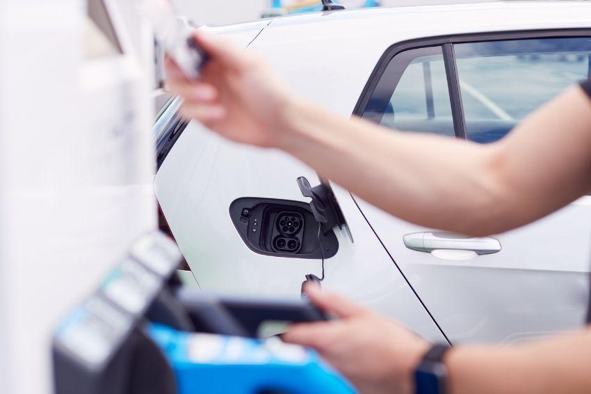 Amazon firma parceria para impulsionar mobilidade elétrica no mundo