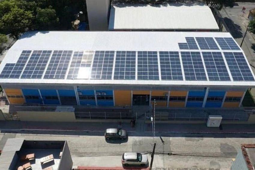 Energia solar começa a ser instalada em escolas estaduais do ES
