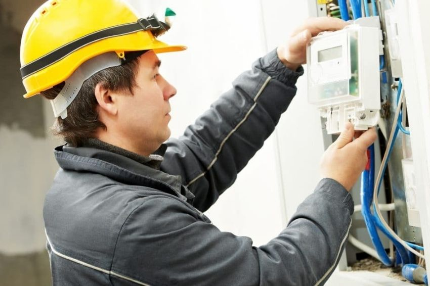 Lei obriga distribuidora a trocar medidores de clientes com sistemas fotovoltaicos