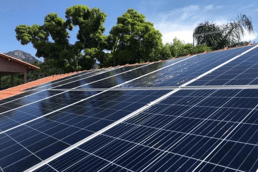 Principais erros de instalação de painéis solares em telhados cerâmicos