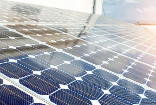 Sobretensão principais problemas em instalações fotovoltaicas