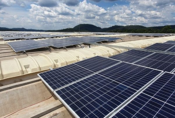 Spin fornece estruturas em projeto fotovoltaico