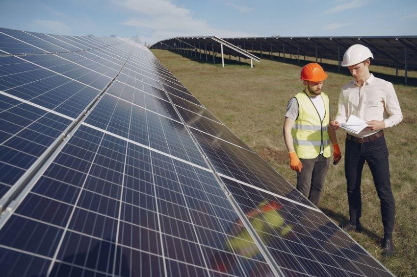 Usina solar irá gerar mais de mil empregos em Minas Gerais