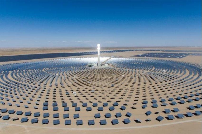 Chile inaugura primeira usina termossolar da América Latina