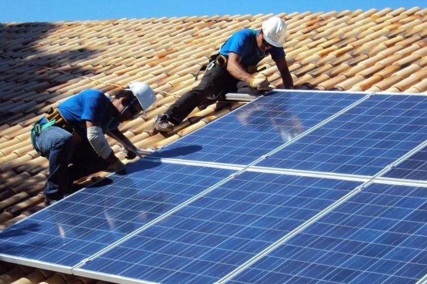 Crescimento dos empregos amplia programas de educação no setor solar