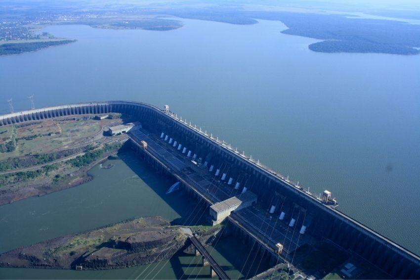 ONS aponta que Brasil terá déficit de potência elétrica em novembro