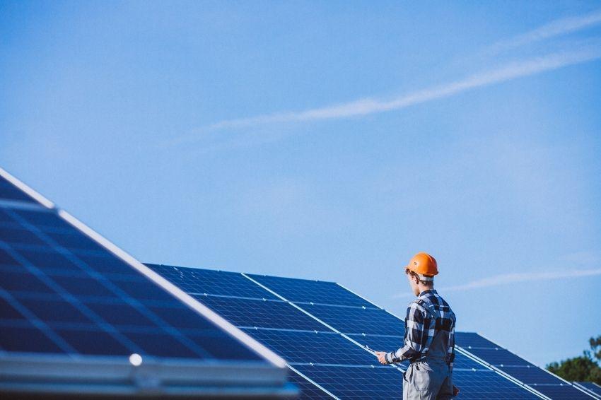 Energia solar cresce 40% no ano e ultrapassa carvão mineral