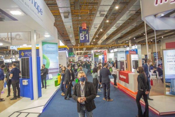 Dia 3 da Intersolar South America: inversores, drone e plataforma para integradores