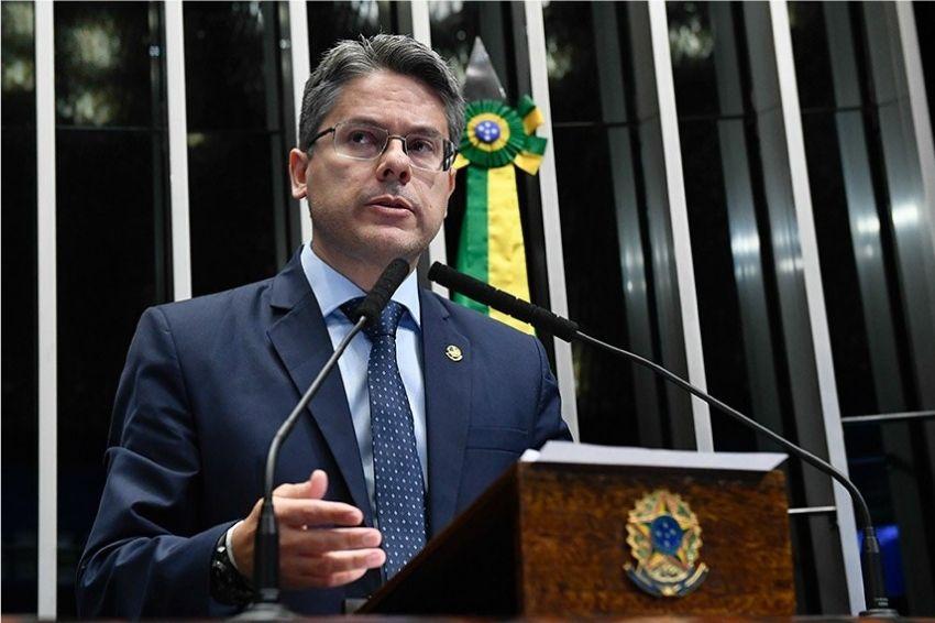 INEL entrevista senador Alessandro Vieira em sua série de lives
